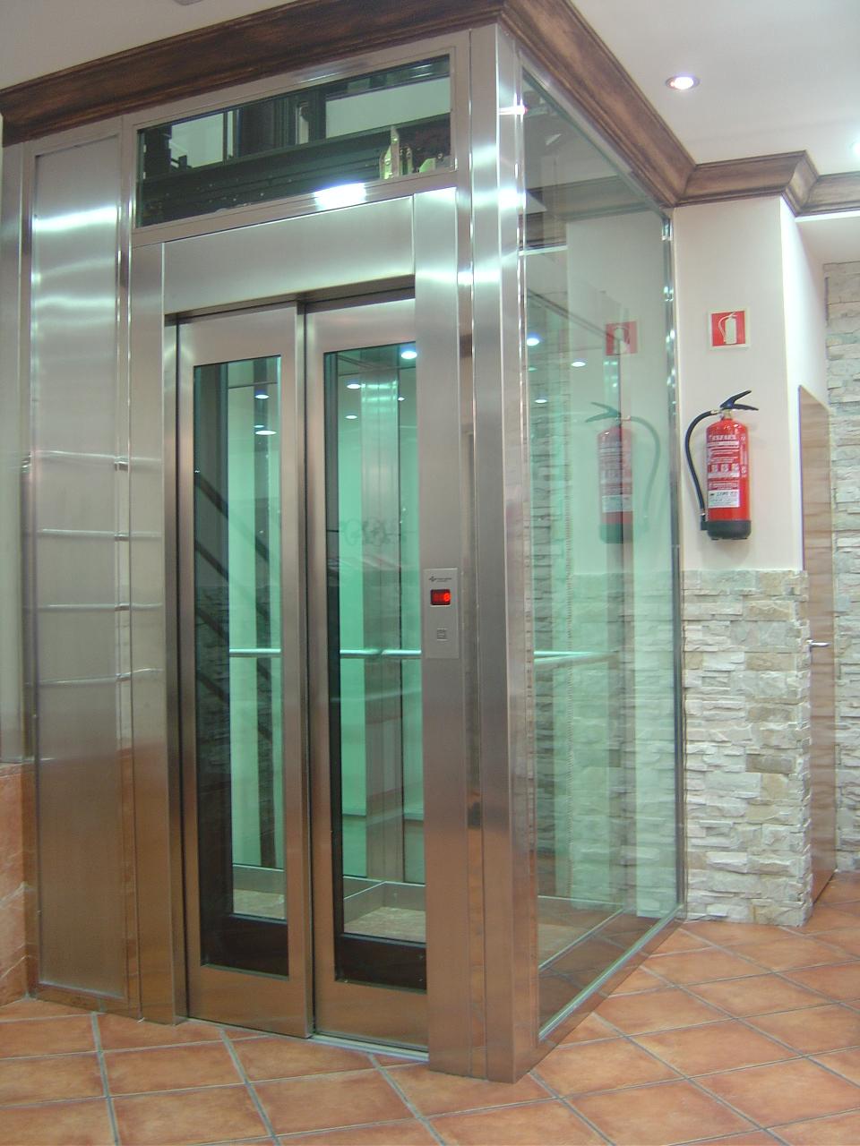 Mantenimiento e instalaci n de ascensores en madrid for Ascensores unifamiliares sin mantenimiento